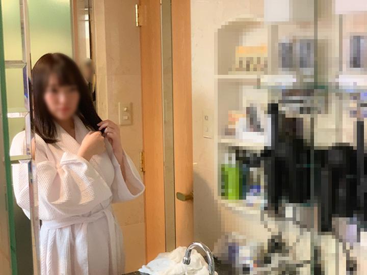 二十歳の巨乳美少女!超エロいオススメ度200%ハメ撮り!